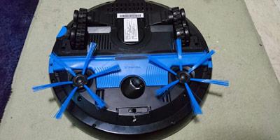 灰塵與毛屑的殺手:2倍的清潔速度--飛利浦智能掃地機器人