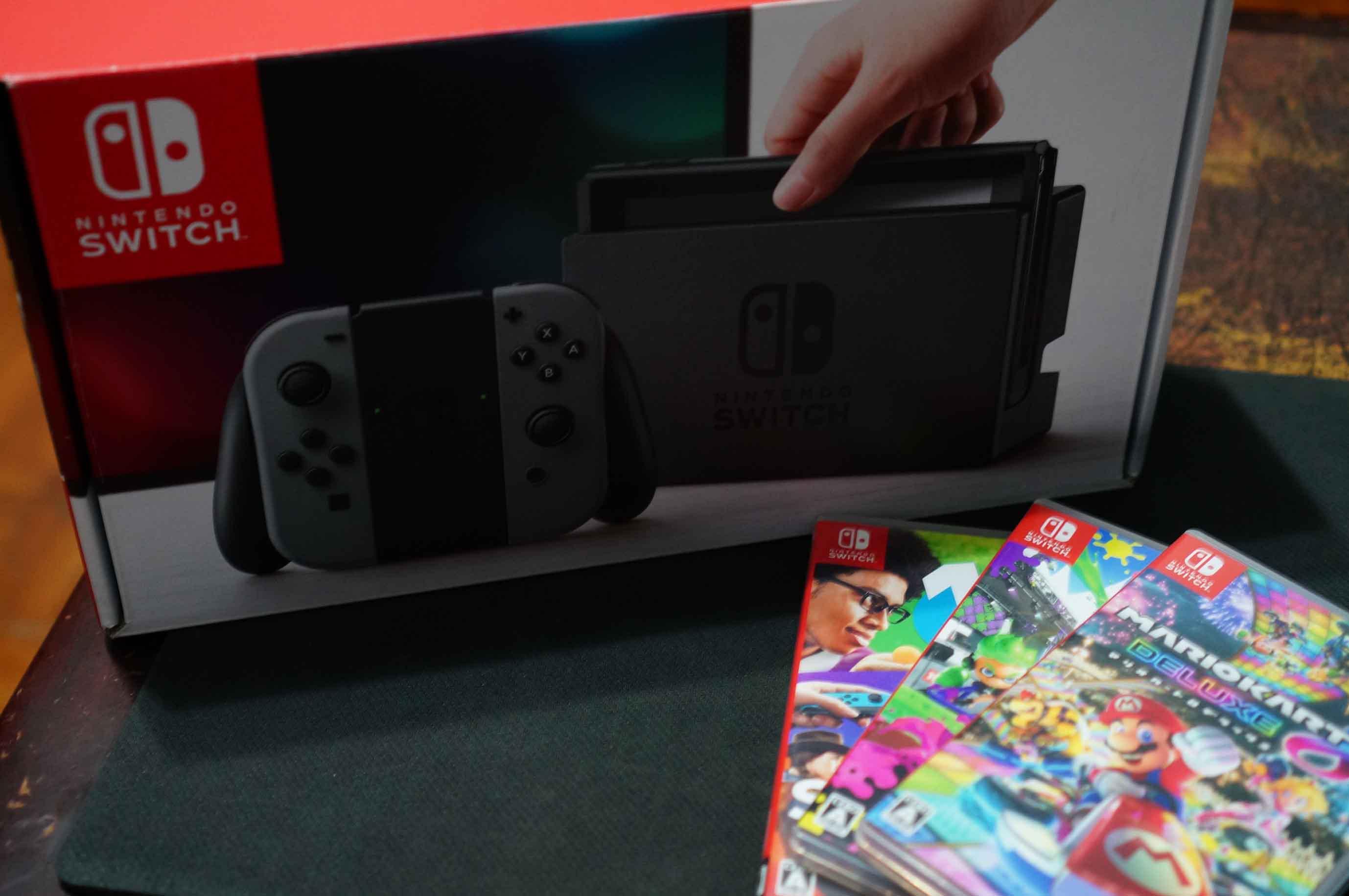 三種模式,外出、家中一機搞定的新類型遊戲主機 - Nintendo Switch